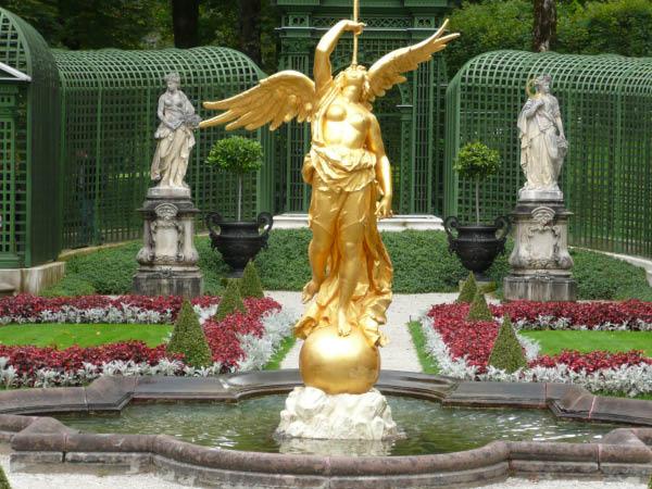 P1000214 Schloßpark Linderhof